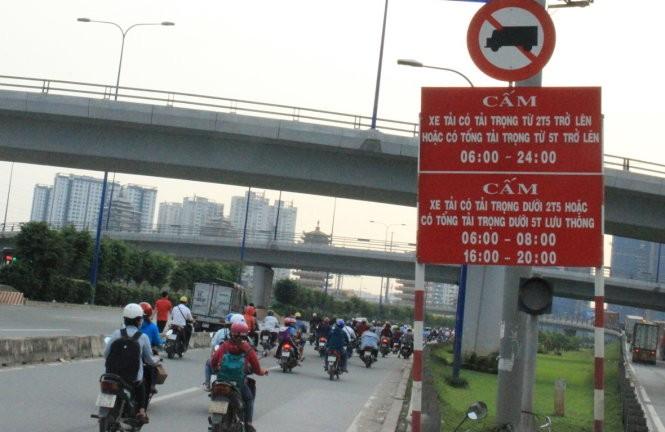 Quy định cấm giờ xe tải vào nội thành Hà Nội 2021